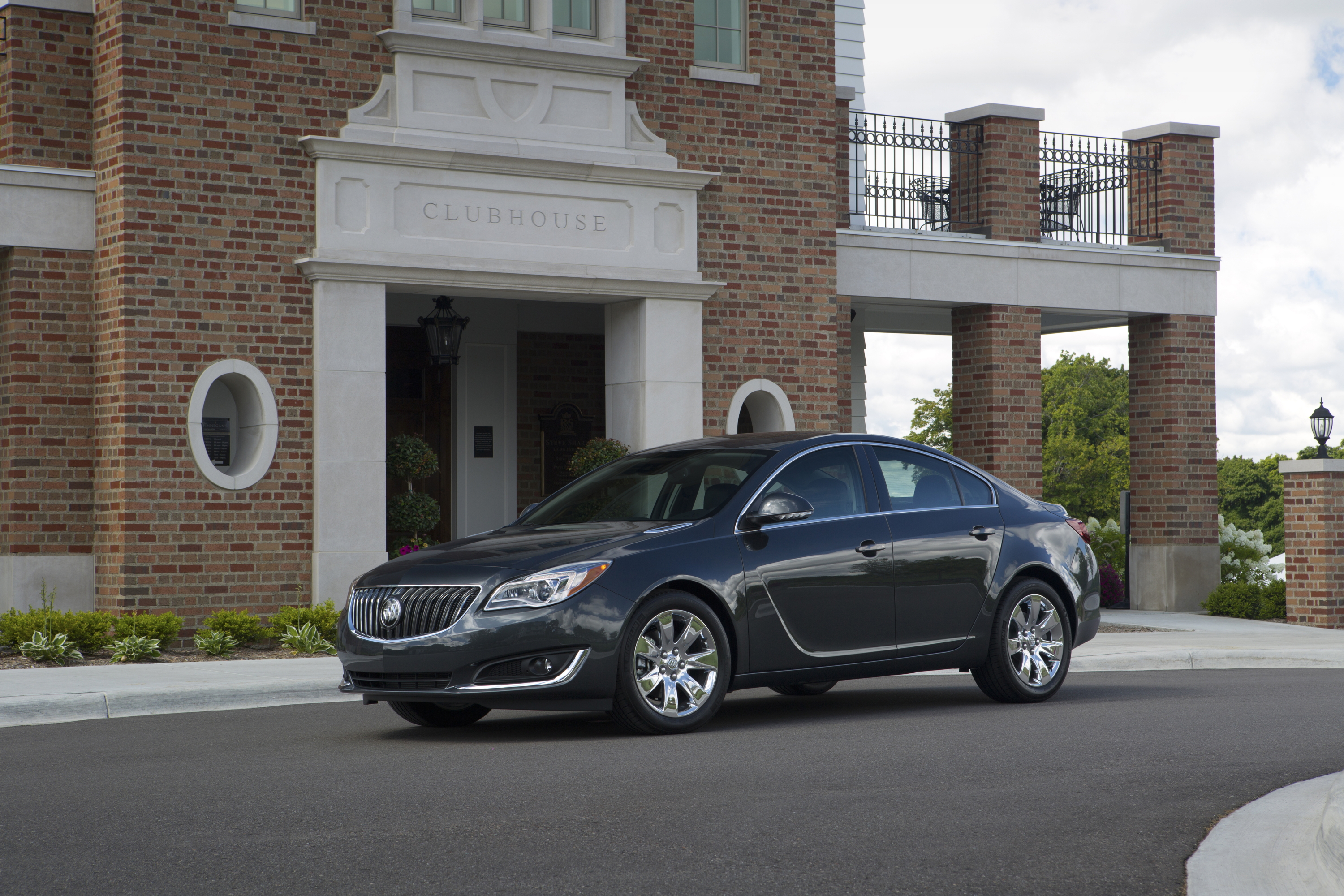 models sport luxury buick roadshow regal gs and pictures blends the