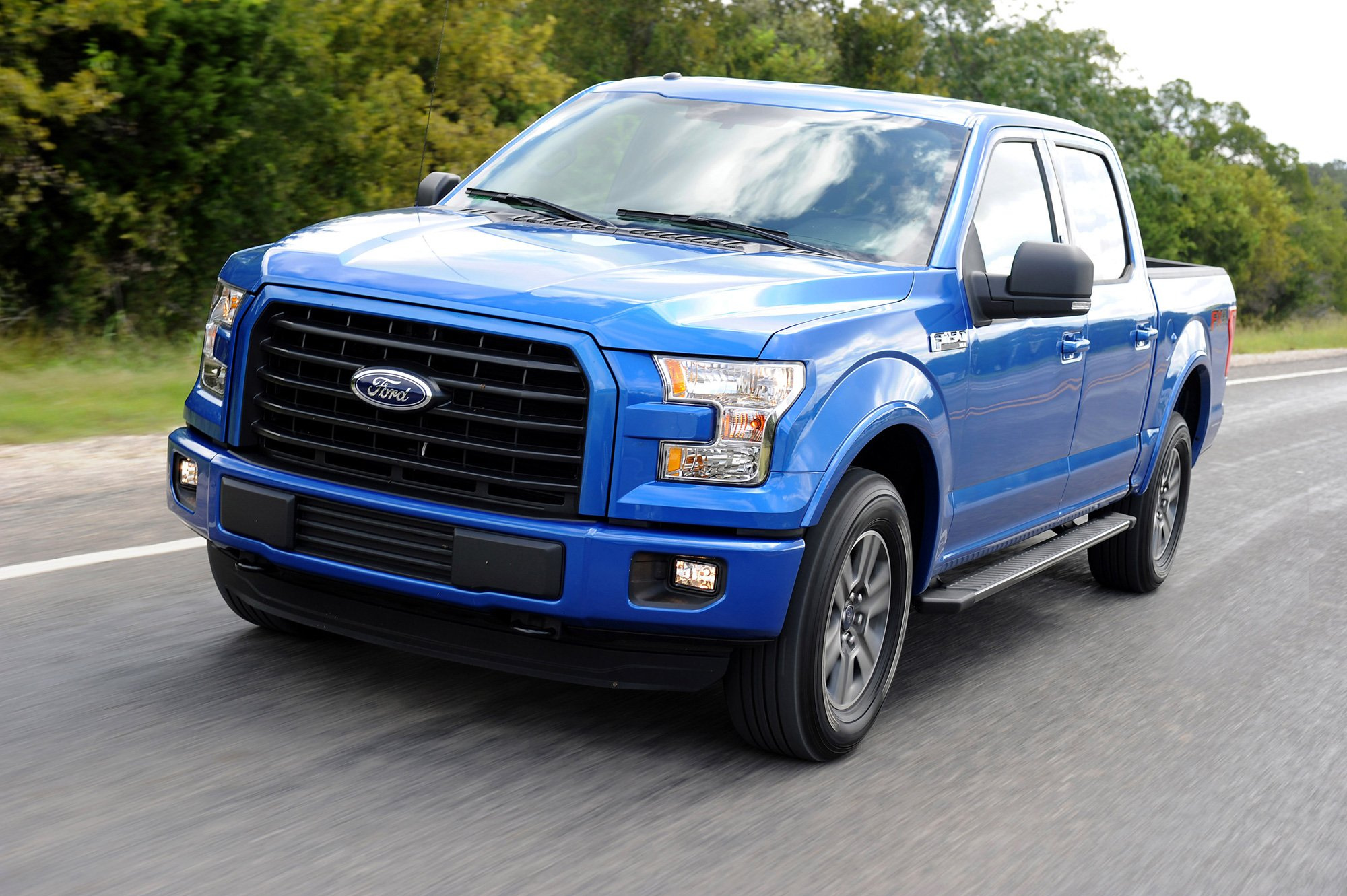 2015 ford f 150 supercrew earns five star nhtsa safety rating news. Black Bedroom Furniture Sets. Home Design Ideas