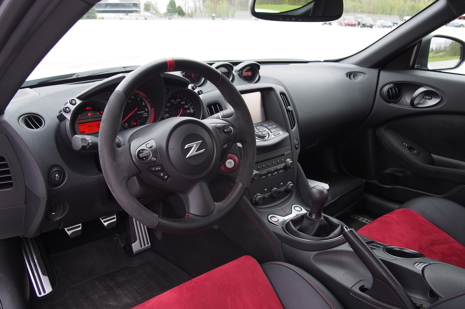 2015 ford mustang gt vs 2015 nissan 370z nismo autoguide news 2015 nissan 370z nismo interior 03 vanachro Image collections