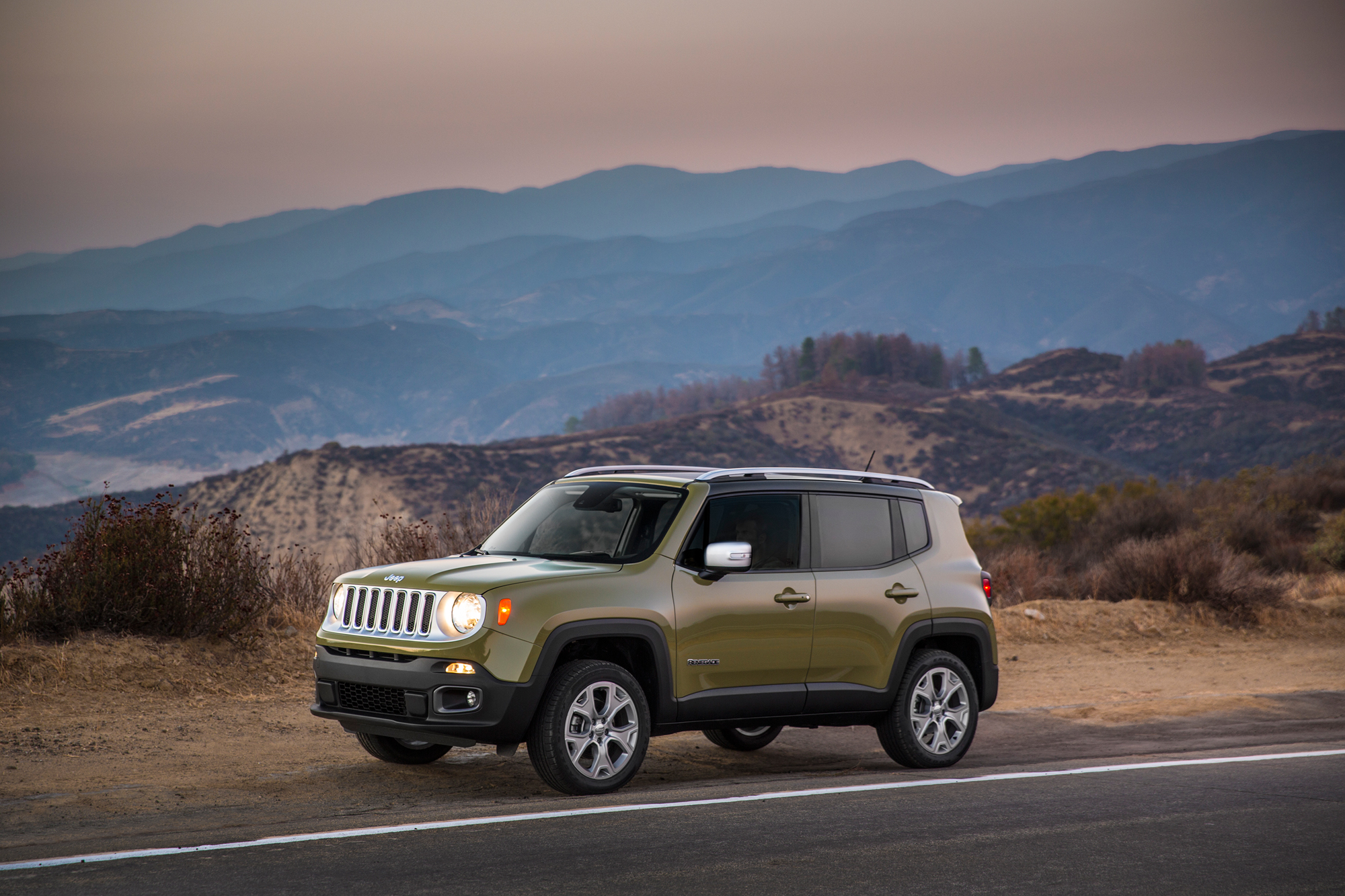 2015 jeep renegade rated at 25 mpg combined news. Black Bedroom Furniture Sets. Home Design Ideas