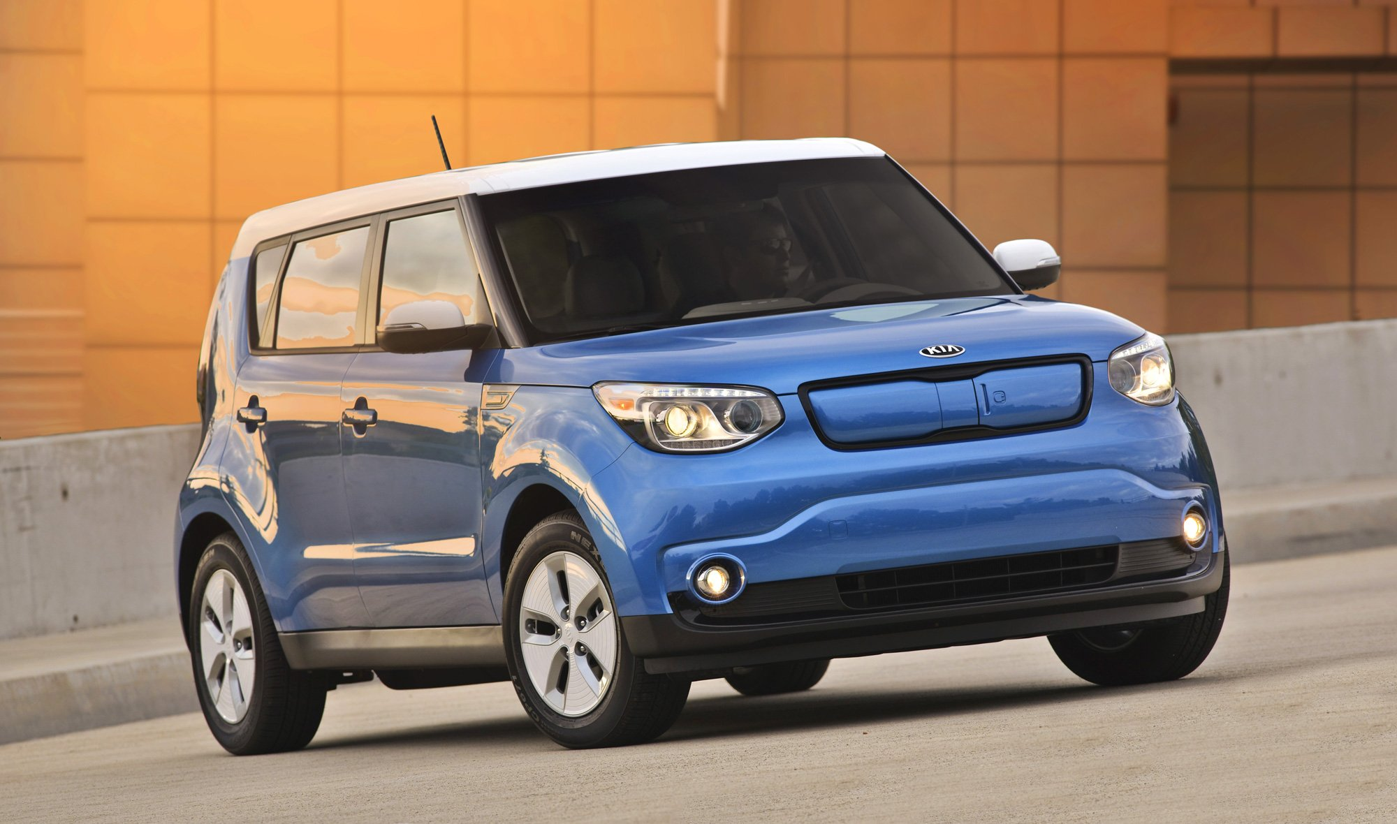 kia soul ev heading to five new states news. Black Bedroom Furniture Sets. Home Design Ideas