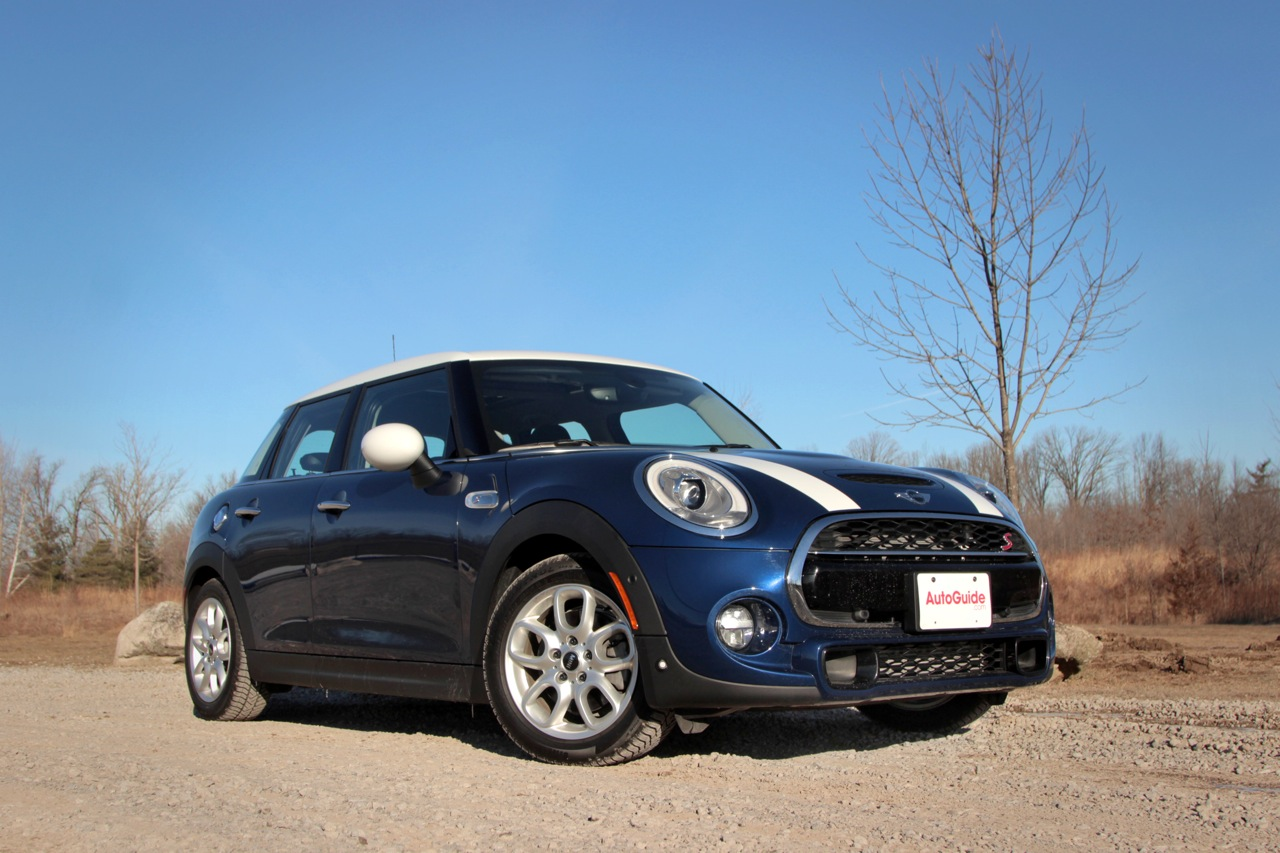 2015 mini cooper s hardtop 4 door review news. Black Bedroom Furniture Sets. Home Design Ideas