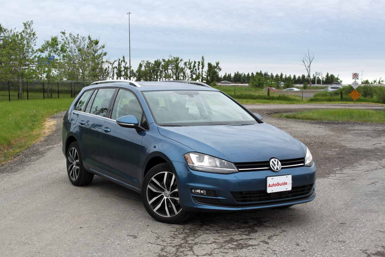 2015 volkswagen golf sportwagen tdi review news. Black Bedroom Furniture Sets. Home Design Ideas