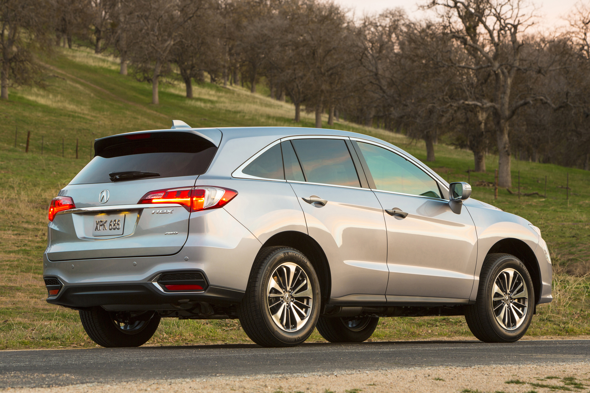 2016 acura rdx gets slight price bump news. Black Bedroom Furniture Sets. Home Design Ideas