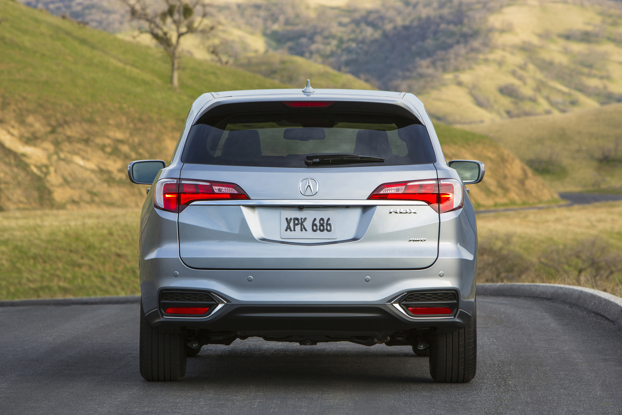 Model 2016 Acura RDX Gets Slight Price Bump  AutoGuidecom News