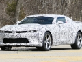 2016-chevrolet-camaro-ss-spy-photos-02