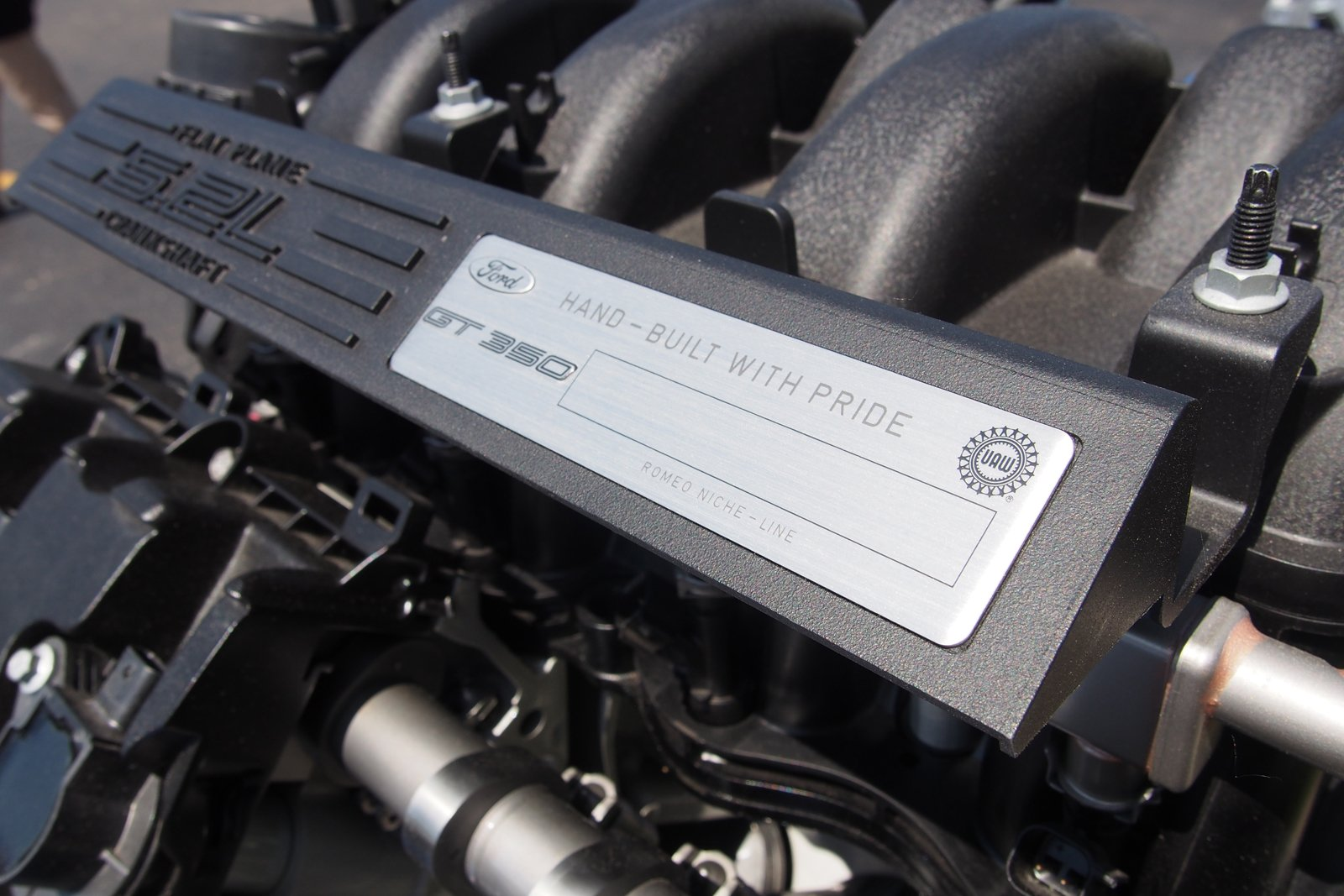 2016 ford shelby gt350 engine 03