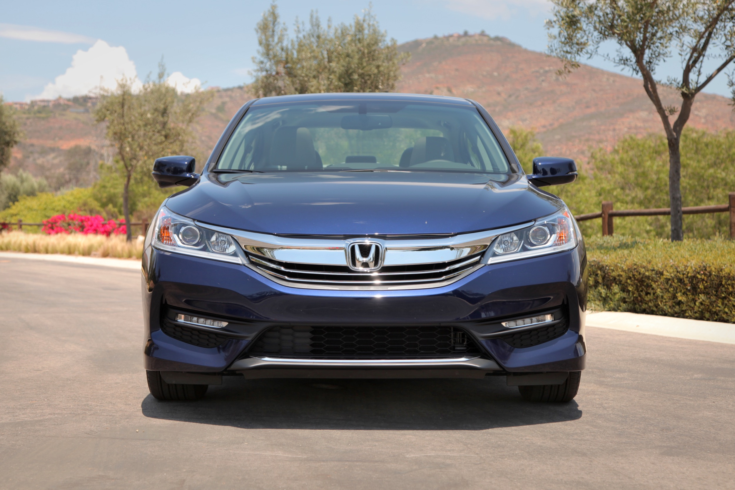 2016 honda accord pricing starts at 22 925 news. Black Bedroom Furniture Sets. Home Design Ideas