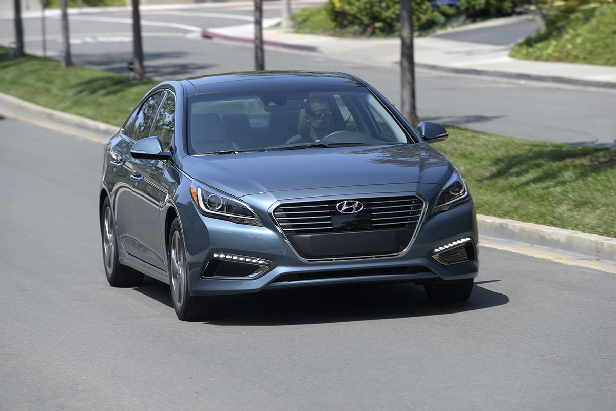 2016 hyundai sonata hybrid first drive. Black Bedroom Furniture Sets. Home Design Ideas