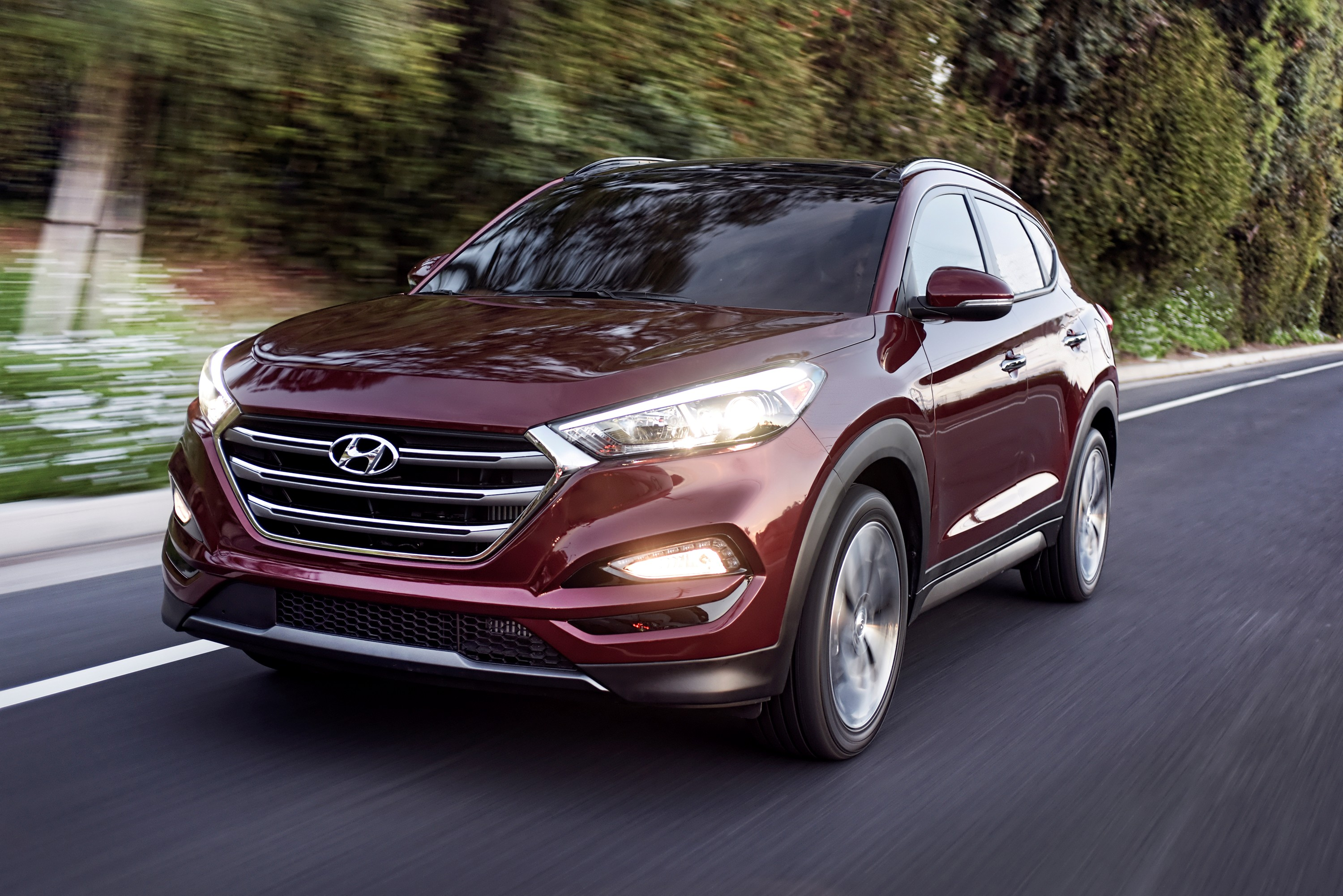 2016 hyundai tucson shows new face in nyc news. Black Bedroom Furniture Sets. Home Design Ideas