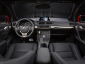 2016-lexus-ct200h-interior