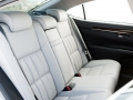 2016-lexus-es-350-rear-seats