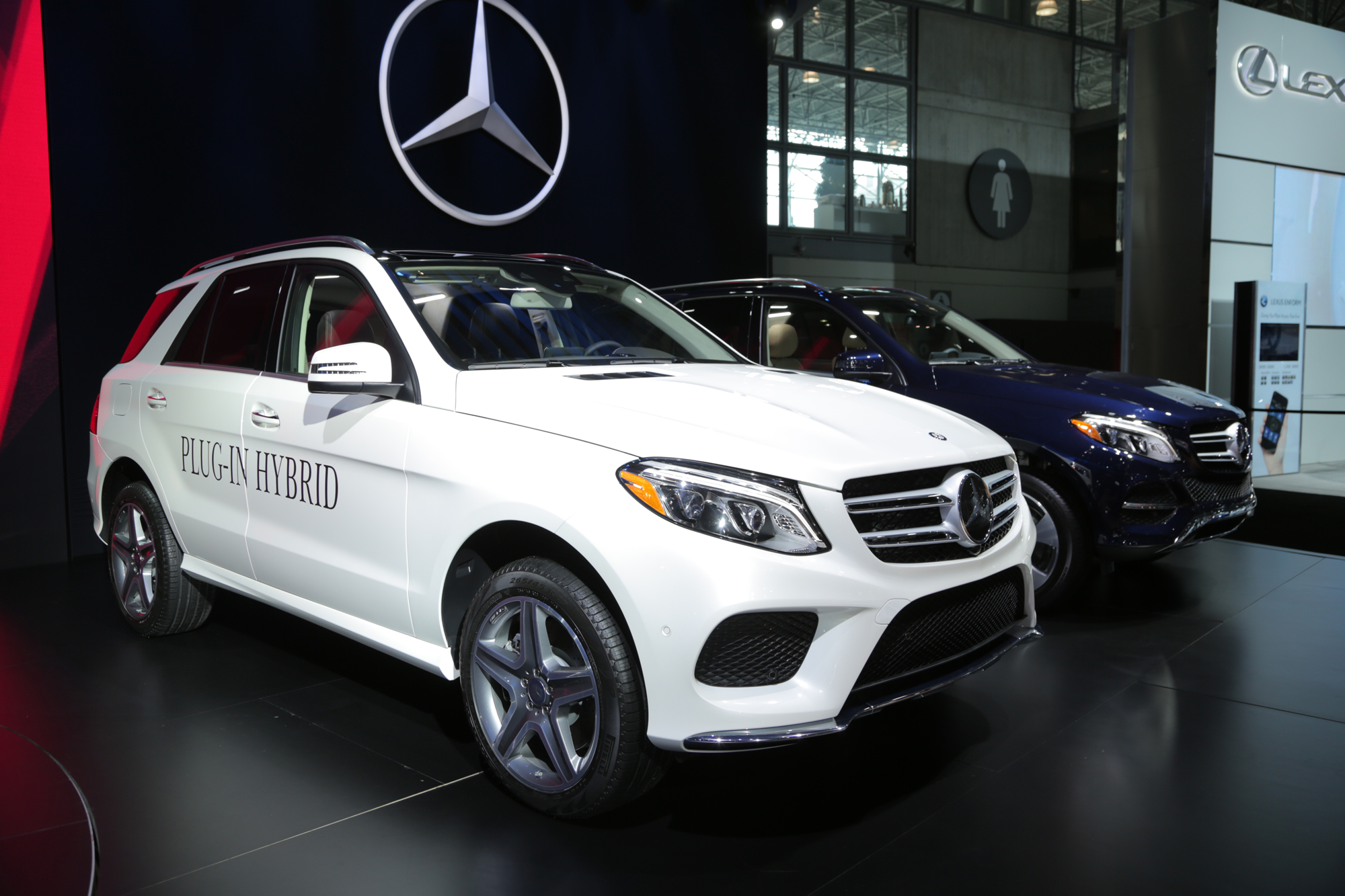2016 mercedes gle class revealed with phev option news. Black Bedroom Furniture Sets. Home Design Ideas