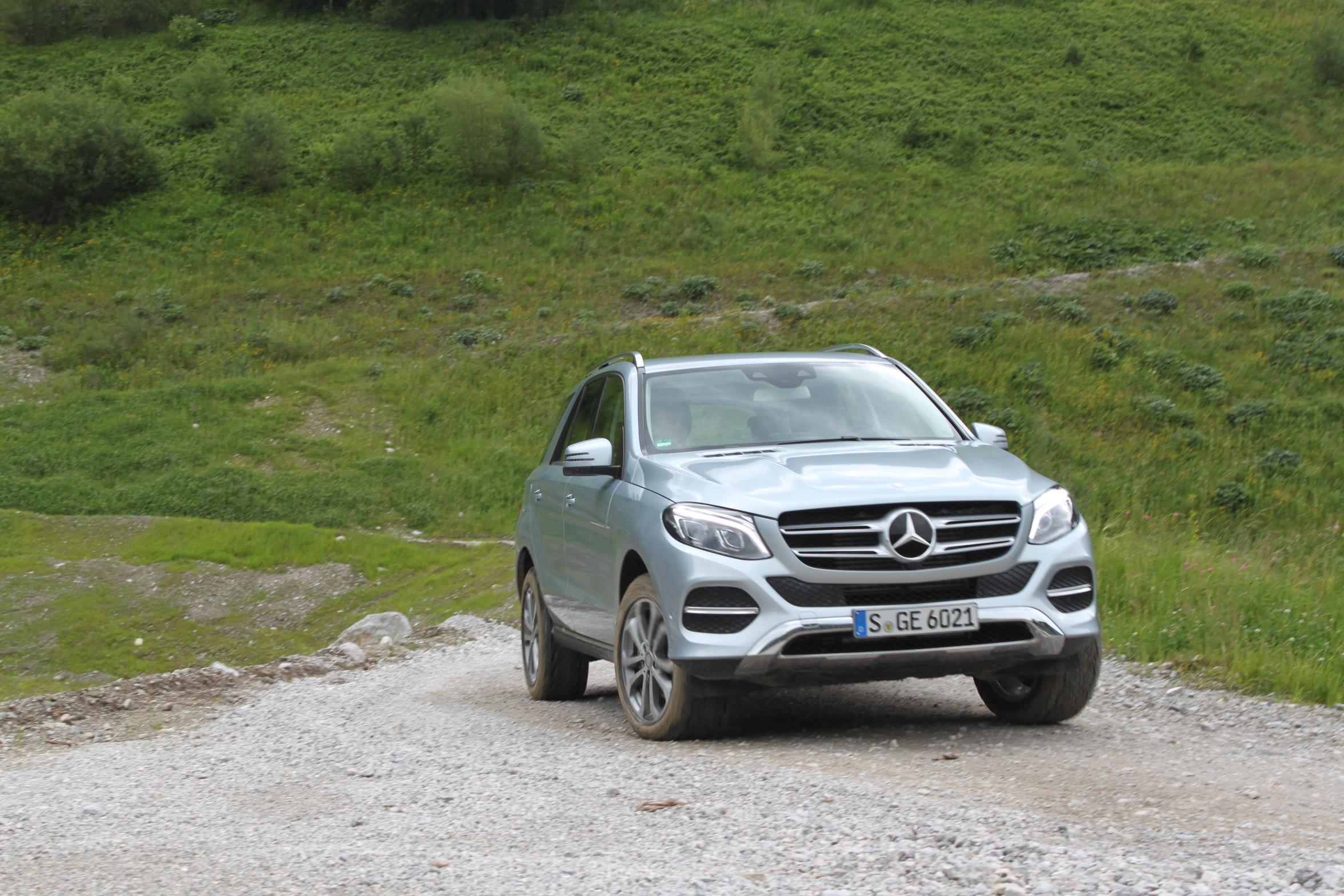 2016 mercedes benz gle class review news. Black Bedroom Furniture Sets. Home Design Ideas