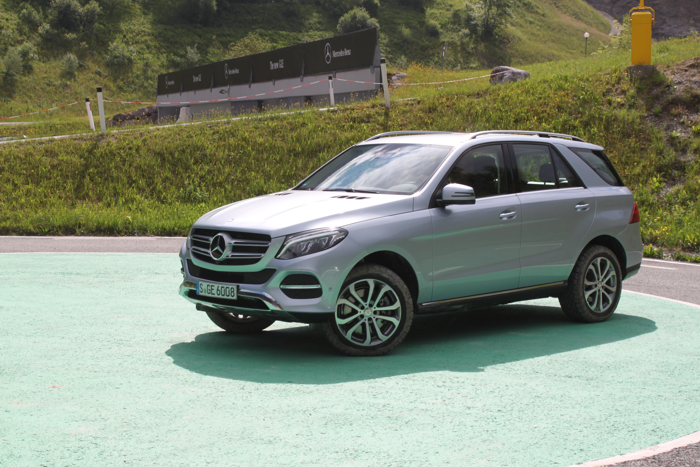 Wonderful images of mercedes benz gle 350 suv reviews for Mercedes benz gle review