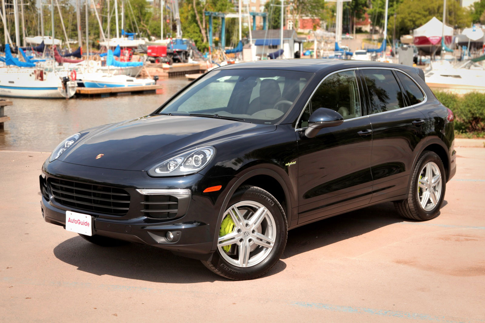 2015 porsche cayenne s e hybrid review porsche macan forum. Black Bedroom Furniture Sets. Home Design Ideas
