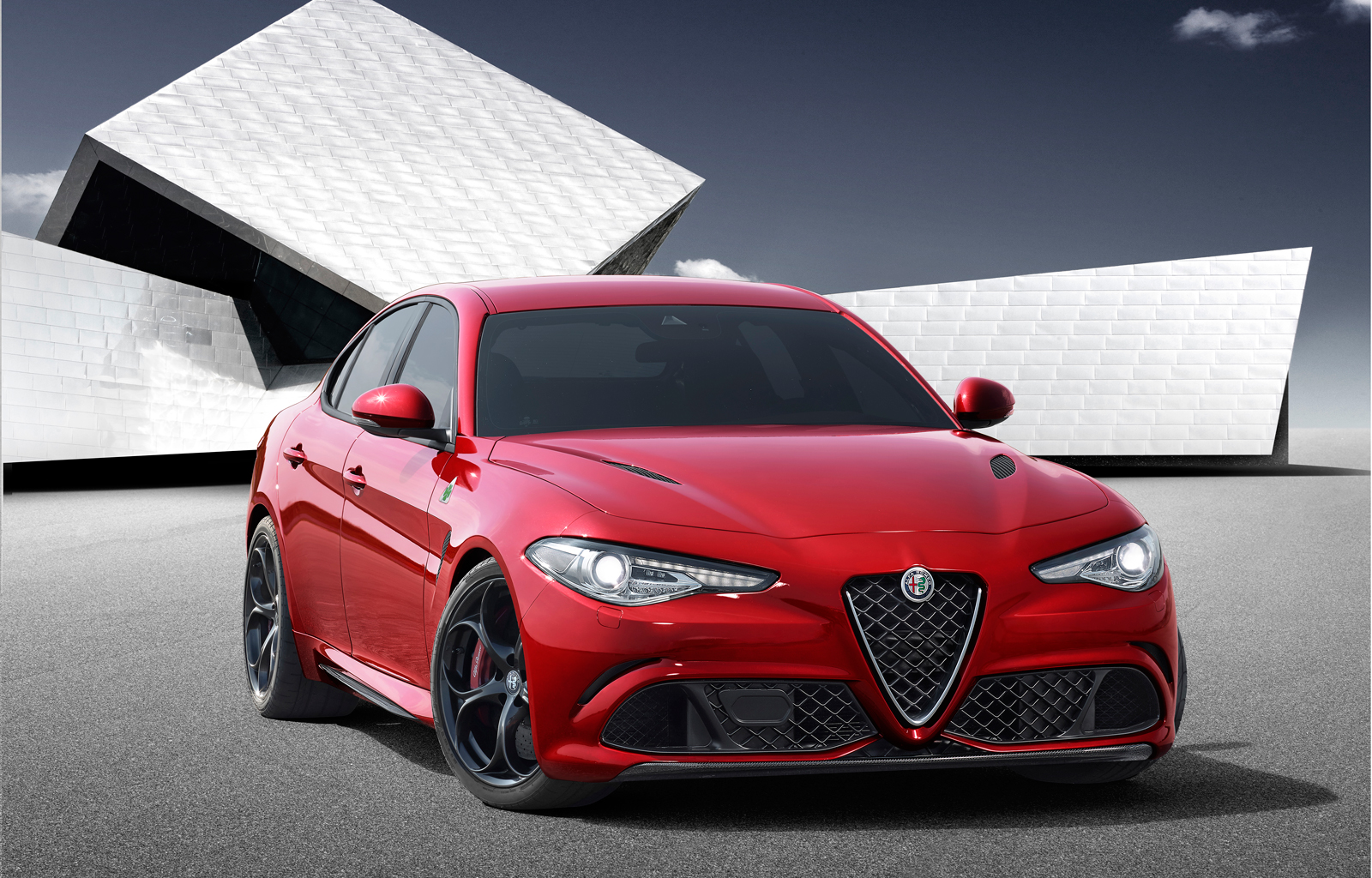 2017 alfa romeo giulia debuts with ferrari power toyota nation forum toyota car and truck forums. Black Bedroom Furniture Sets. Home Design Ideas