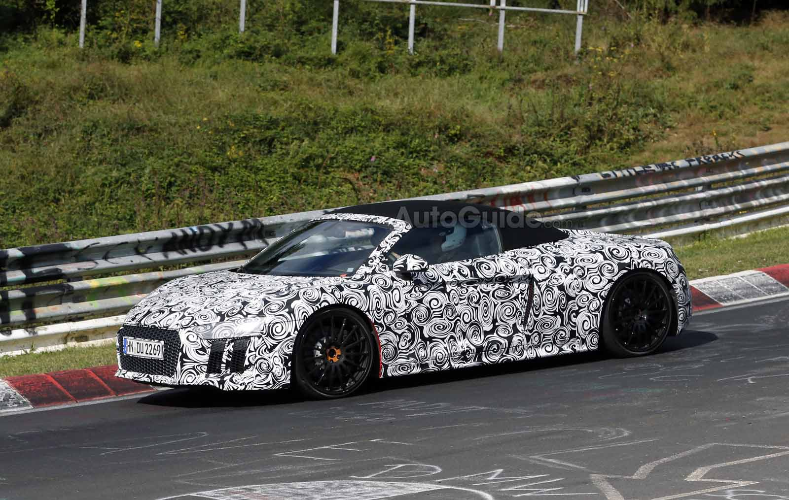2017 audi r8 spyder spied testing news. Black Bedroom Furniture Sets. Home Design Ideas