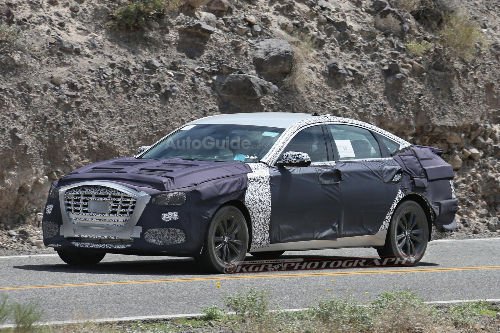 2018 Hyundai Genesis Sedan Caught Testing Twin Turbo V6