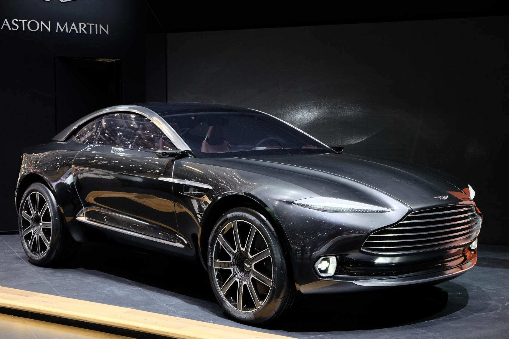 Rapide S likewise La Gamme Ferrari Gtc4 Lusso Par X Tomi Design besides Aston Martin Vanquish Zagato 2016 Concept as well 2017 Ford Fiesta Review together with 2017. on aston martin rapide 2016