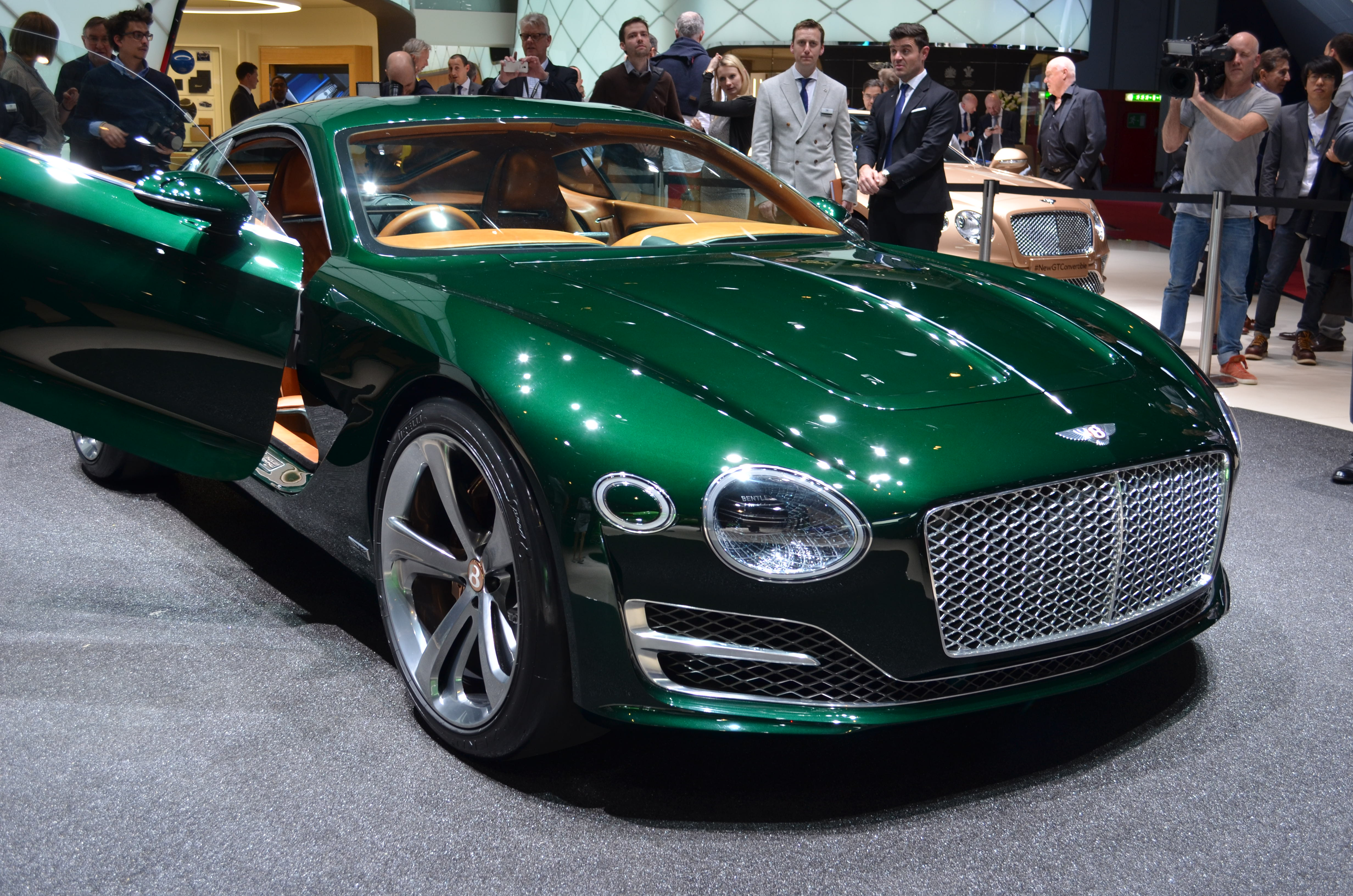 Bentley Previews Future Sports Car With Stunning New