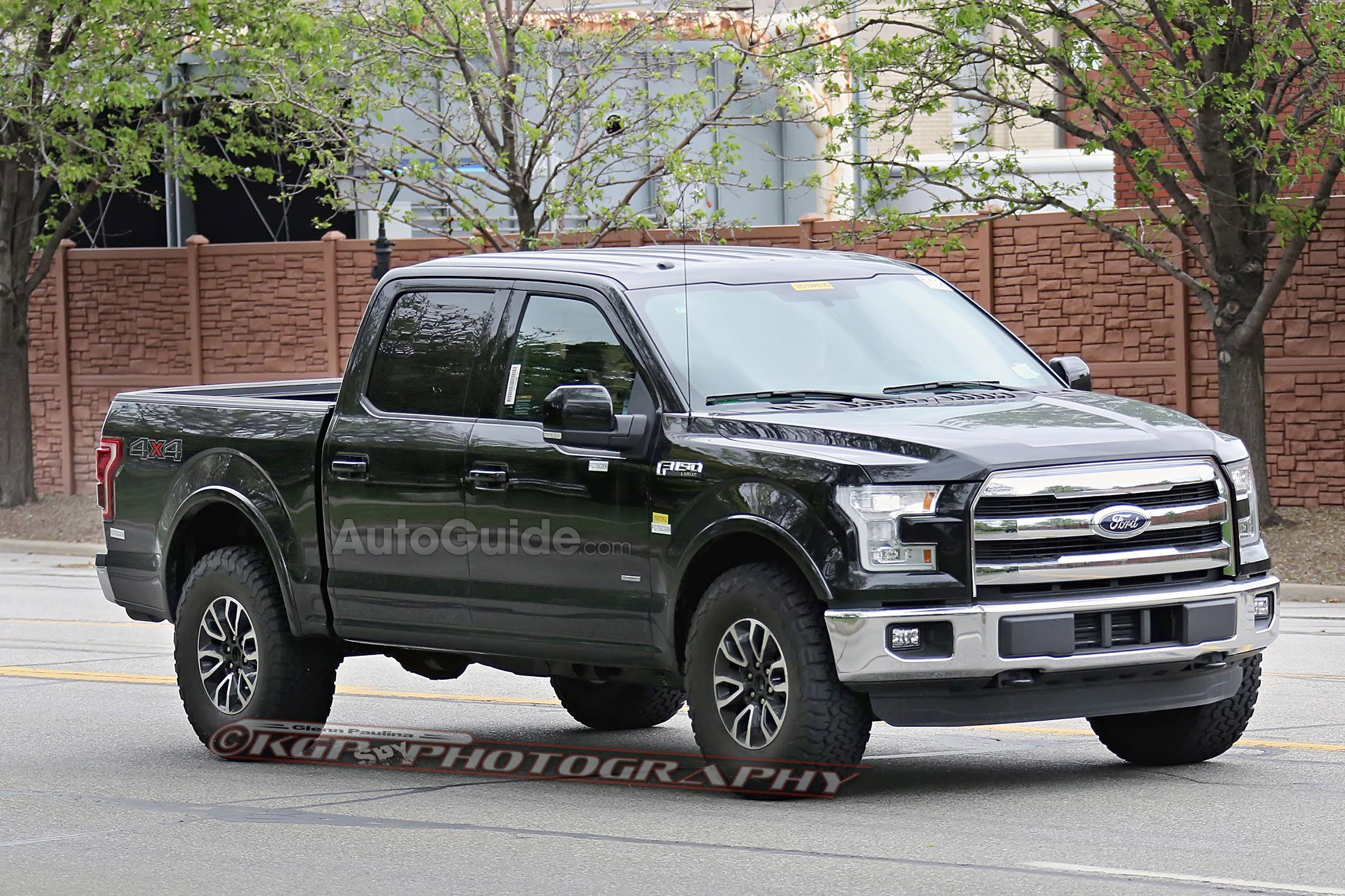 2017 ford f 150 raptor spy photos hint at svt lightning successor ford raptor ecoboost forum. Black Bedroom Furniture Sets. Home Design Ideas