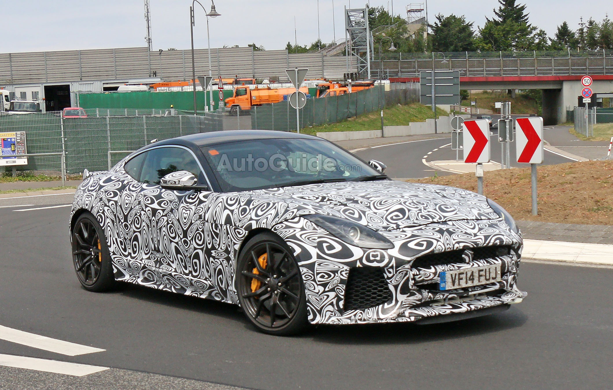 jaguar f type svr spied with production body news. Black Bedroom Furniture Sets. Home Design Ideas