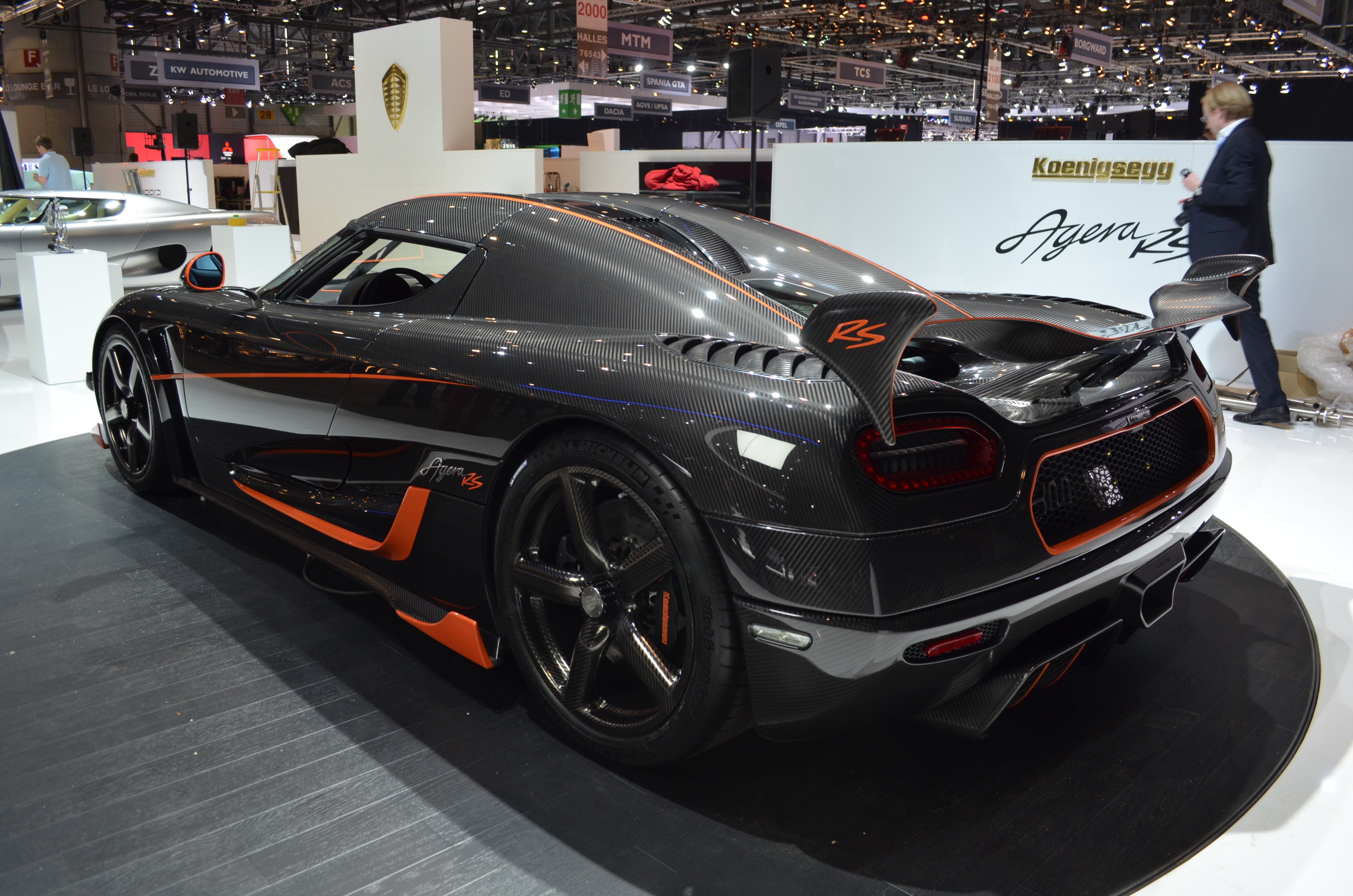 koenigsegg agera rs makes 1 160 unholy horses news. Black Bedroom Furniture Sets. Home Design Ideas