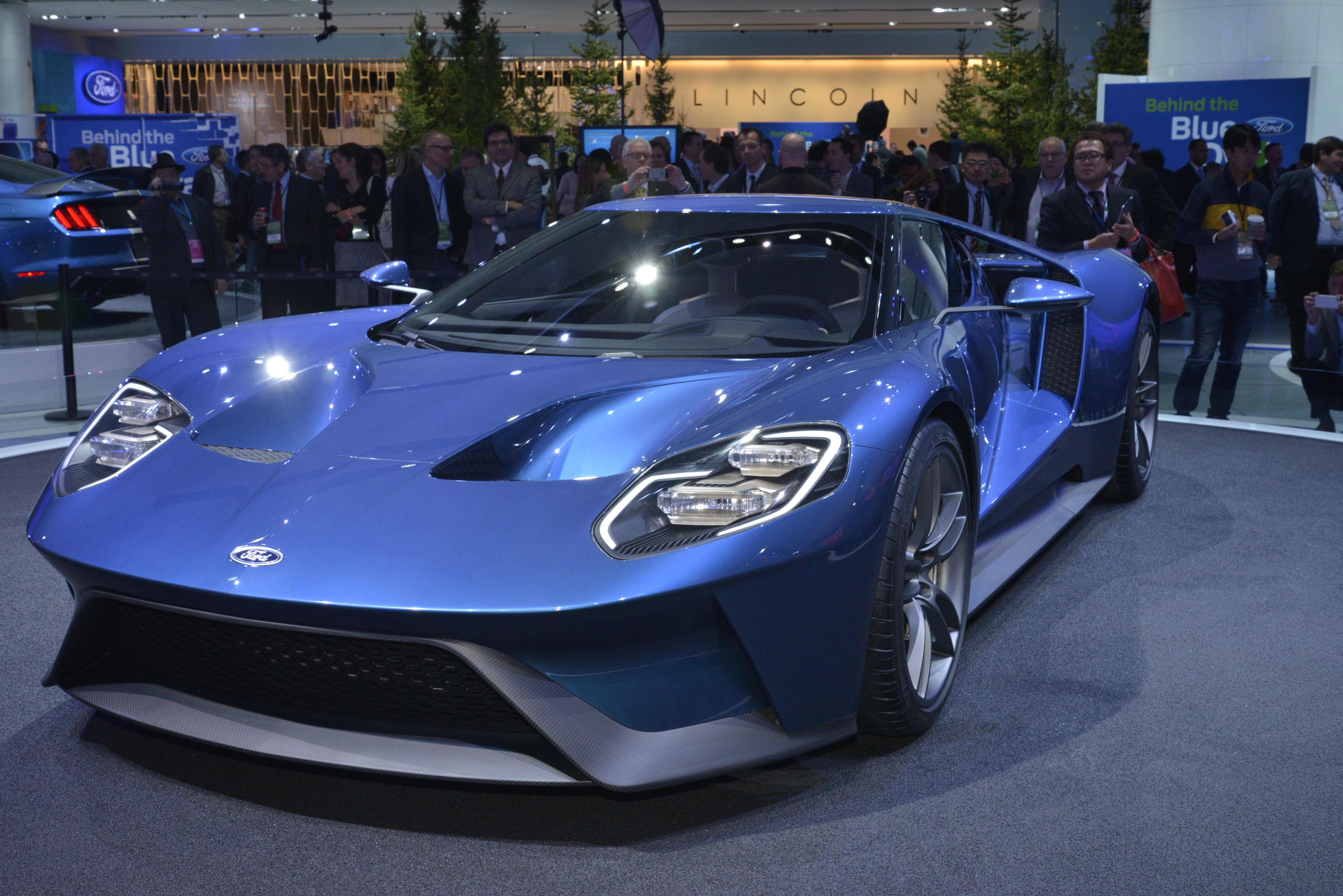 ford gt to cost as much as a lamborghini aventador news. Black Bedroom Furniture Sets. Home Design Ideas