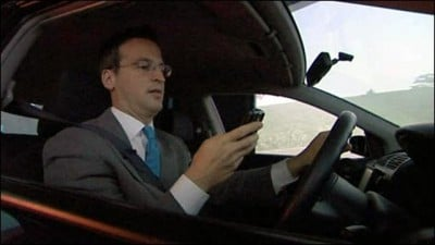 texting-top-driving-distractions