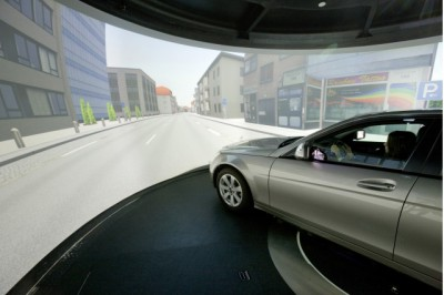 mercedes-benz-driving-simulator