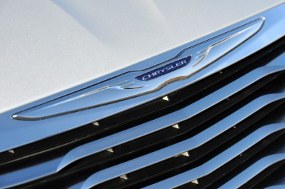 chrysler-badge