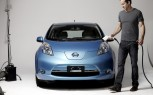 Ryan Reynolds Partners With Nissan Leaf For Excessively Green Fitness Campaign