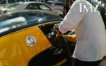 Bijan Pakzad's Yellow Bugatti Veyron Vandalized Outside Store [Video]