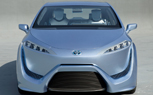 Toyota FCV-R Concept Points to Production Fuel-Cell Vehicle: 2011 Tokyo Motor Show