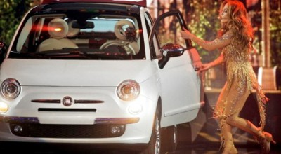 fiat-500-jennifer-lopez-ama-performance