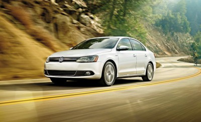 2013-Volkswagen-Jetta-hybrid-placement