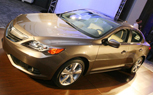 2013 Acura ILX Video – First Look: 2012 Chicago Auto Show