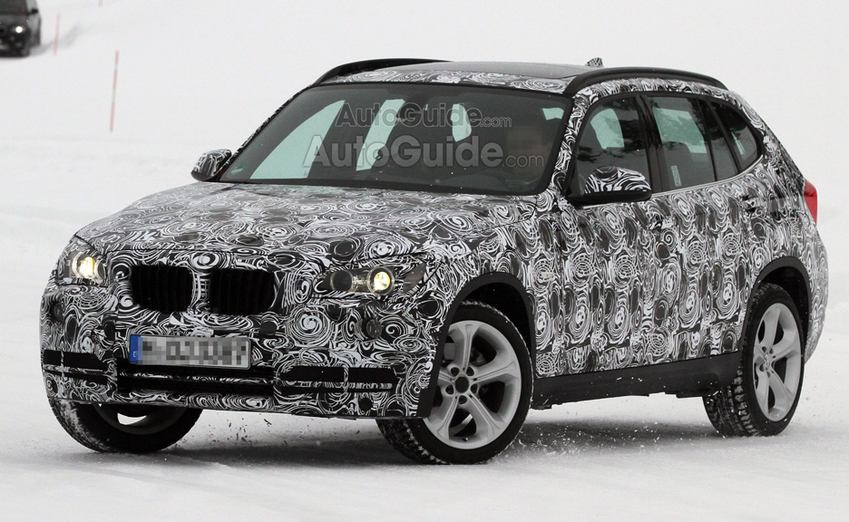 2013 BMW X1 Spy Photos Reveal Mid-Cycle Refresh