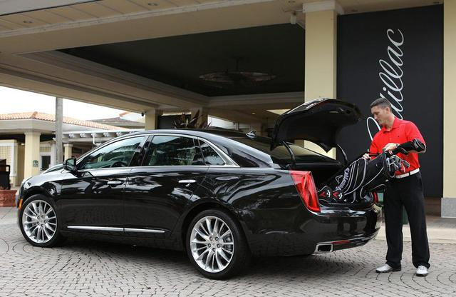 2013 Cadillac XTS Beats German Counterparts Inch for Inch in Video