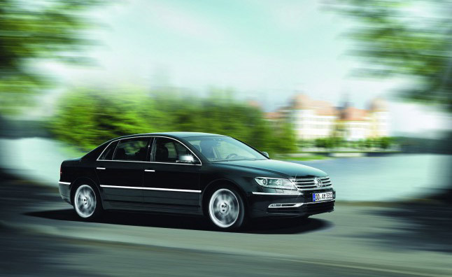 2015 VW Phaeton Edges Closer to Reality