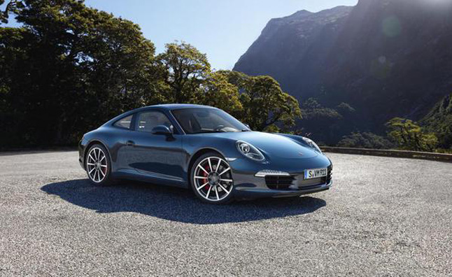 Porsche 911 Announced as 2012 World Performance Car