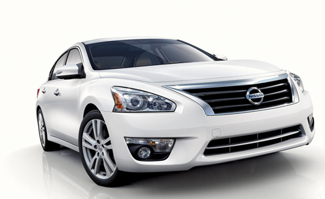 2013 Nissan Altima Leaked With Best-in-Class 27/38 MPG: 2012 New York Auto Show