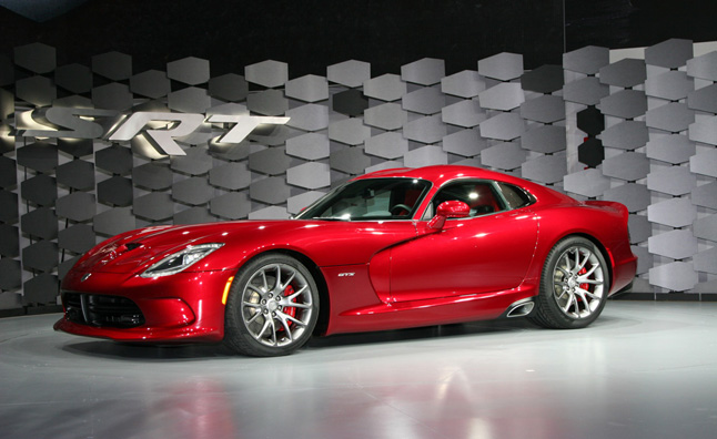 2013 SRT Viper Video, First Look: 2012 NY Auto Show