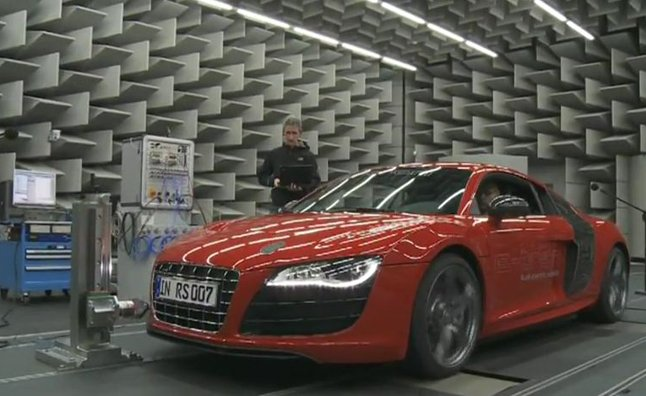 Audi R8 e-tron Sound Developed by Acoustic Engineers