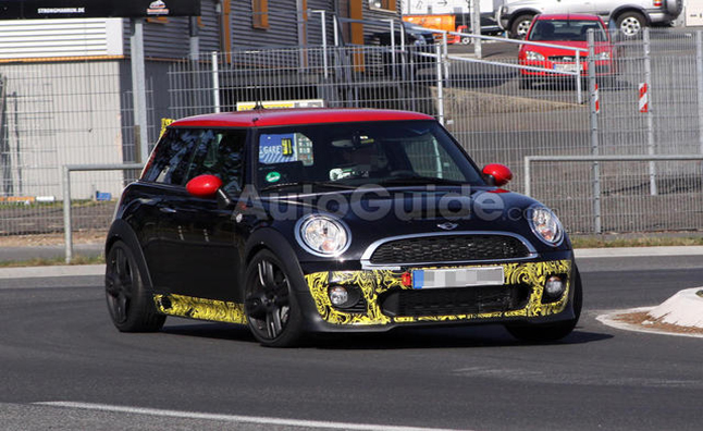2013 MINI John Cooper Works GP to Debut in May