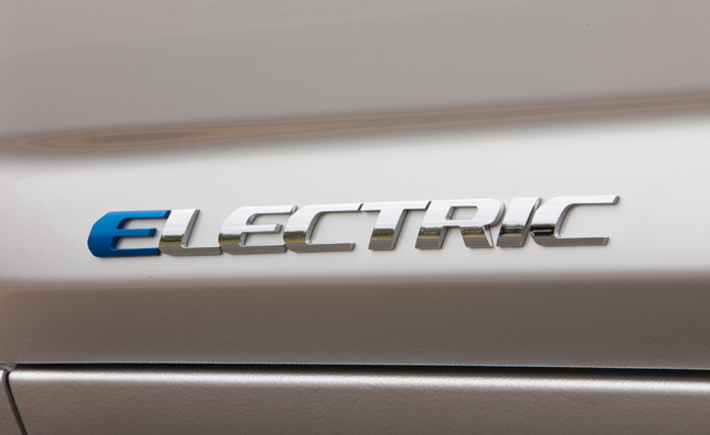 Toyota RAV4 EV to Bow at International Electric Vehicle Symposium