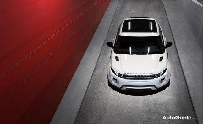 Range Rover Evoque Named Women's World Car of the Year for 2012
