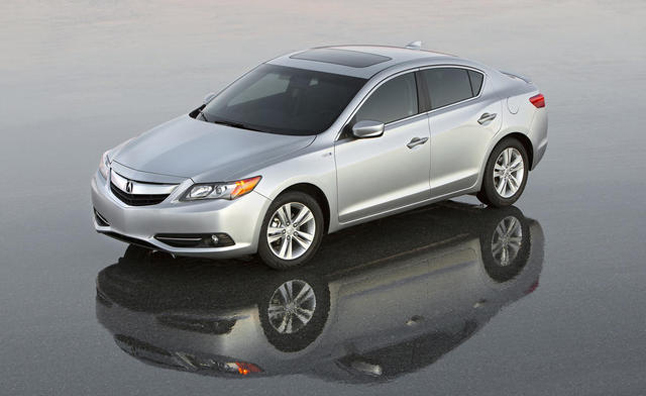 2013 Acura ILX Pricing Announced $25,900: Costs $3,315 more than Buick Verano