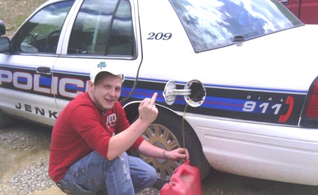 Man Brags on Facebook About Siphoning Gas From Police, Gets Caught
